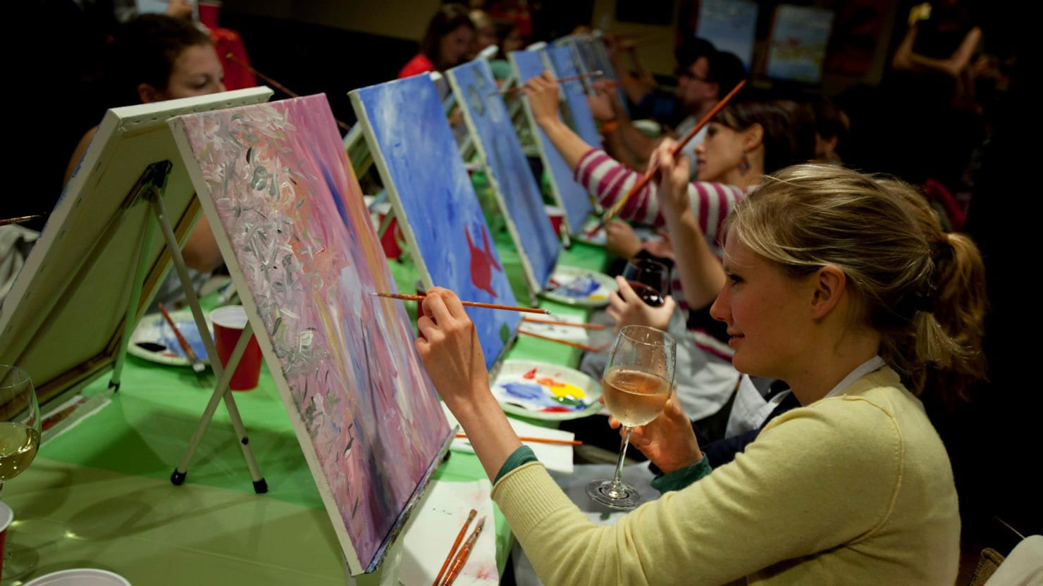 Onto The Canvas Paint And Sip Class